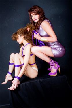 Domina-&-Slave-Girls-Independent-Escorts