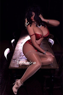 Veronica Rossi Independent Escorts