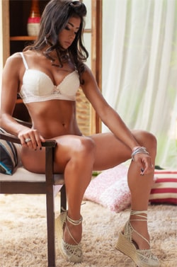 Drika-East-Brazilian-Escorts