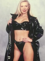 Alina-Blonde-Escorts