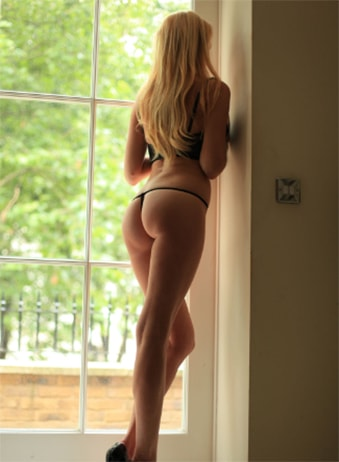 Chelsea Heart - Blonde Independent Escorts in London