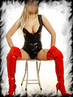 Madame-Viva-Blonde-Escorts