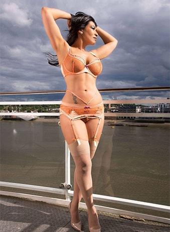 Gina - Mature Escorts