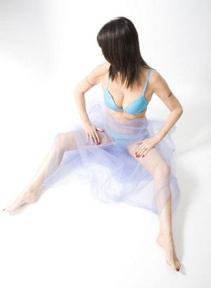 Liz Hilton - Brunette Escorts