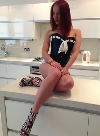 Deea - Brunette Independent Escorts