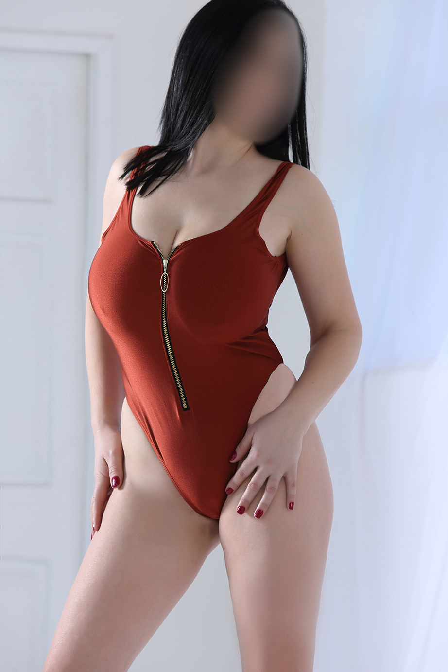 Demi-Brunette-Escorts