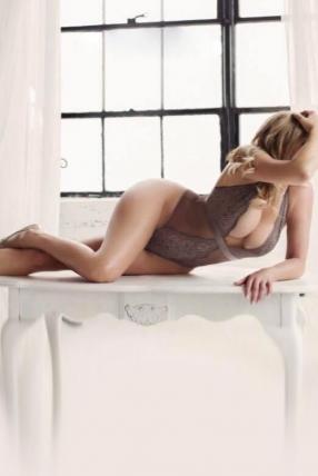 Valentina Exclusive Escorts Blonde