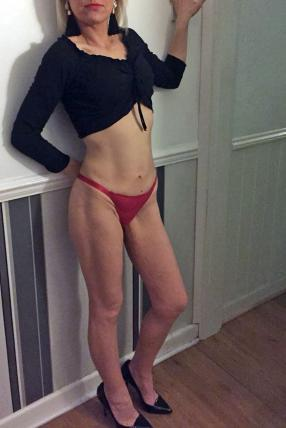 Abbe Exclusive escorts Blonde