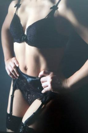Charlotte Exclusive escorts English